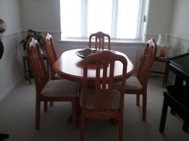 Table and 6 chairs £50