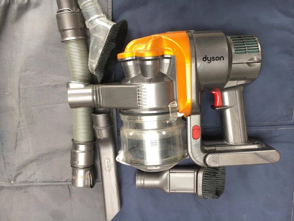 dyson dc16 hand held cordless vacuum  4 attachments+charger   in