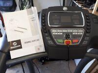 Horizon Treadmill T4000 Premier 12 pre set programs and manual programs.