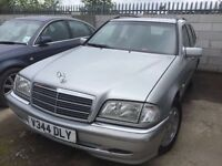 Mercedes C220 cdi diesel 2000 year auto - spare parts available