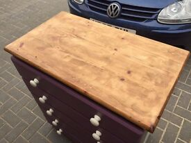 Pine set of five drawers with dark oak stained top