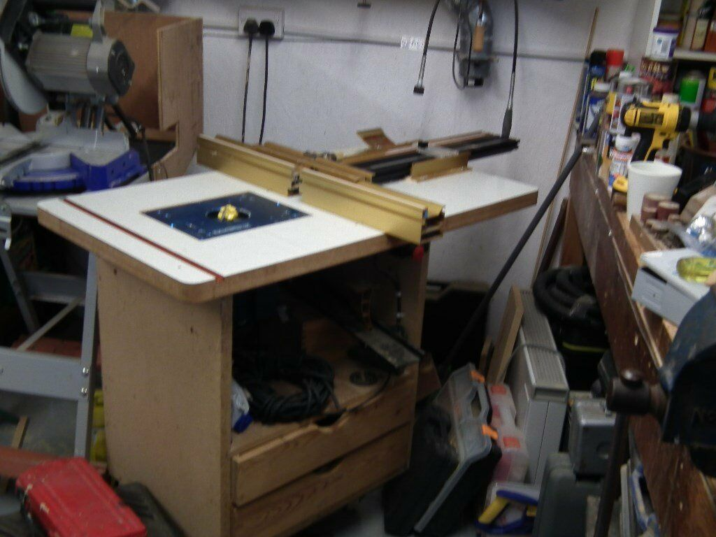 Home made router table with ryobi industrial router axminster lift home made router table with ryobi industrial router axminster lift mechanism and icra twin fence keyboard keysfo Gallery