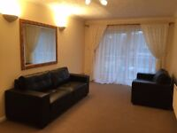 Just come up an immaculate furnished 2 double bed first floor flat in excellent condition. Ring now