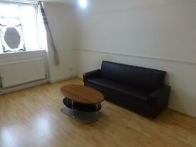 1 Bedroom Flat with Separate Reception LARGE, Separate Kitchen and parking