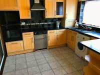 Amazing 3 bed 2 reception house in Plaistow - 10 minutes walk to Plaistow station