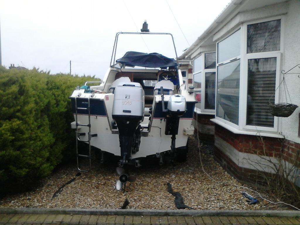 Mariner 175 EFI Magnum OUTBOARDin Bournemouth, DorsetGumtree - This engine was fitted to my boat when I brought it at the end of last year it has been fully serviced with new impeller spark plugs and gear oil. The engine runs perfectly but is too big and heavy for the 18ft boat its fitted to. Can be seen running...