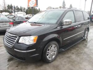 2009 Chrysler Town & Country Limitée