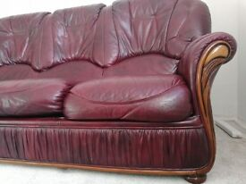 Leather sofas 3+1 seaters very clean
