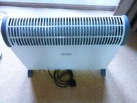 DELONGHI - 2KW - ELECTRIC CONVECTOR HEATER - FREE STANDING