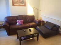 Two Large rooms in friendly shared house, suit young professionals, very clean, Free WIFI. Bills inc