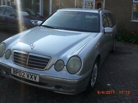 MERCEDES E240 7 SEATER ESTATE. NEW MOT.DUAL FUEL. LPG. AUTOGAS. 2002