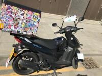 Scooter Suzuki - Address - 2018 - 726 miles original only