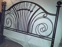 Head and foot board (metal) $75.00 West Island Greater Montréal Preview