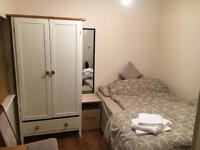 DOUBLE BEDROOM WITH ENSUIT BATHROOM