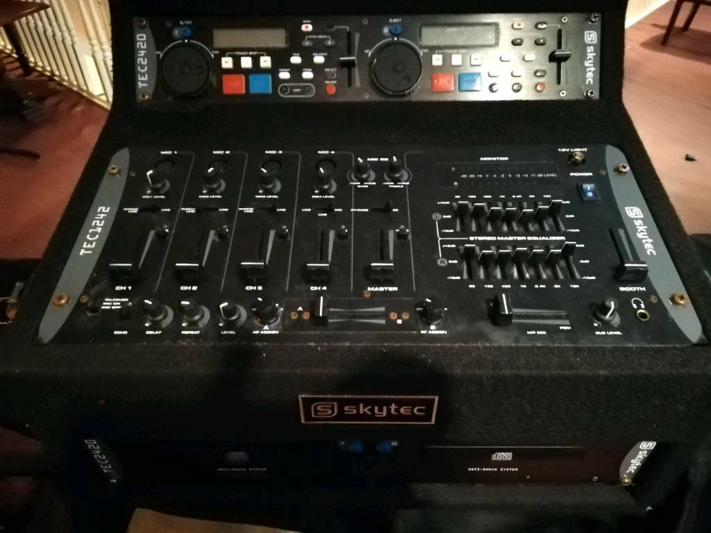 👽bang👽skytec DJ/band cd player's+mixer boxed/flight case  Dundee/deliver/post 👽bang👽 | in Dundee | Gumtree