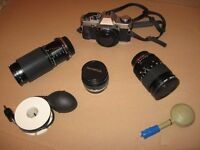 OLYMPUS OM20 35mm CAMERA COMPLETE WITH 3 LENSES, BAG & ACCESSORIES - EXCELLENT GIFT FOR ENTHUSIAST