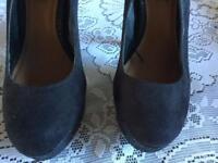 Atmosphere ladies heels shoes black size 3/36 used £4