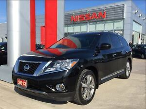 2013 Nissan Pathfinder Platinum, Panoramic Roof, Navigation, DVD