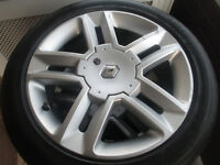 "renault 17"" alloy wheels 5stud all very good tyres 225 45 17"