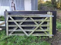 2x farm gates