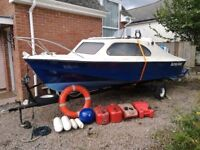 Shetland 535 with Mariner 55, trailer and extras.