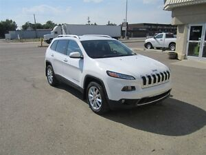 2014 Jeep Cherokee Limited - Fully loaded
