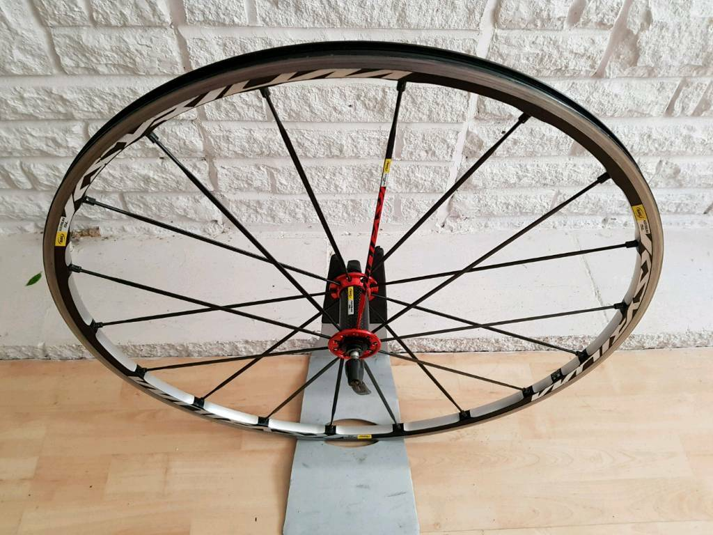 Mavic ksyrium SL front wheel. Mint condition .
