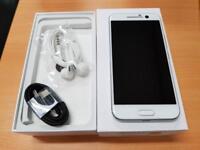 UNLOCKED BRAND NEW BOXED WARRANTY HTC M10