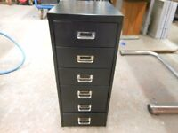 metal 6 drawer tool, screws, nut and bolt cabinet. 26.5 ins high. excellent condition