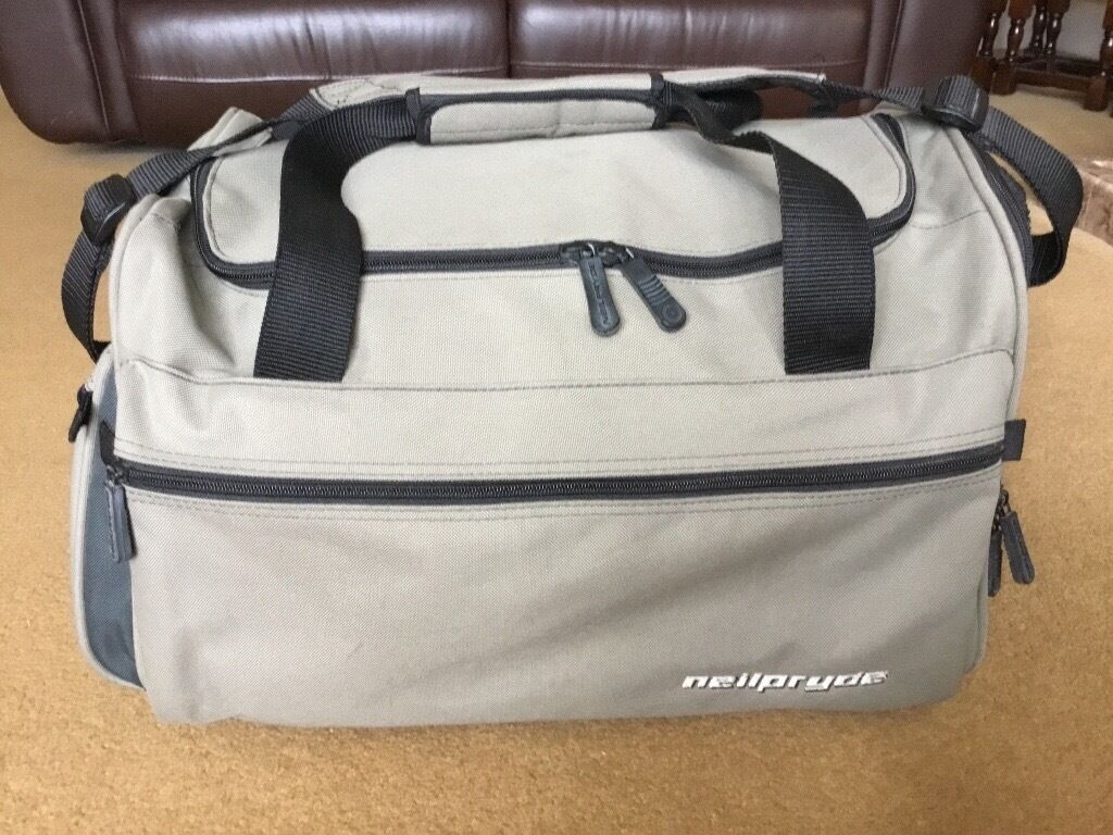 NEIL PRYDE SPORTS HOLDALL  5f76b54967437