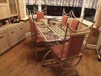 Isys Dining room suite