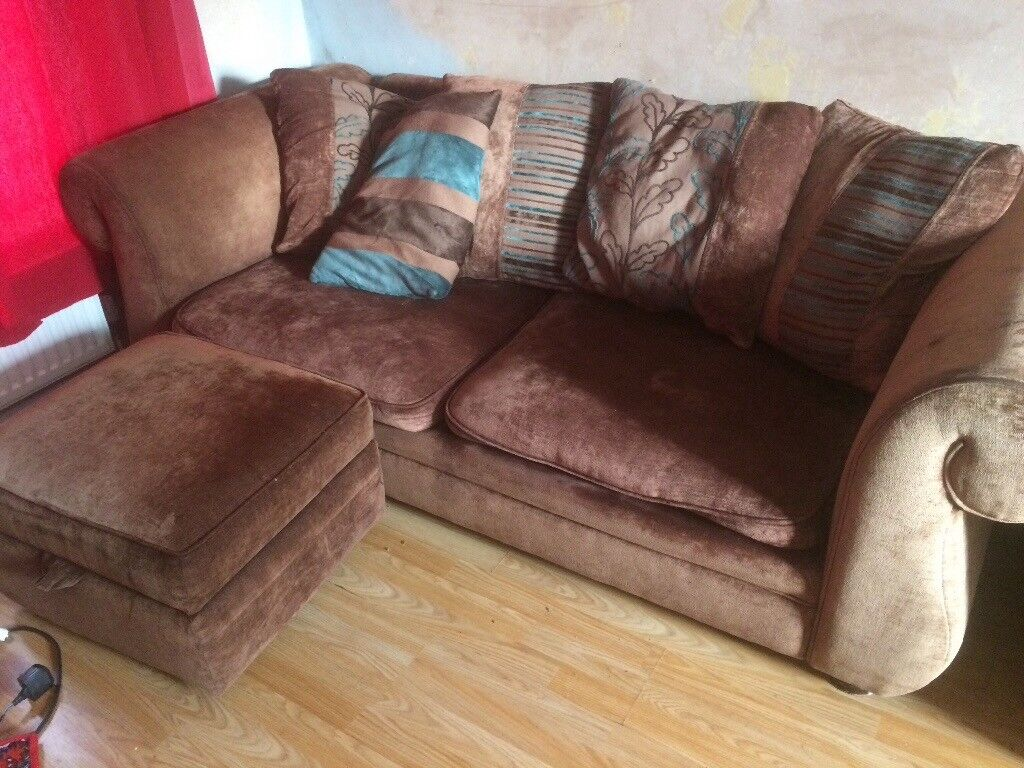 Sofas and puff