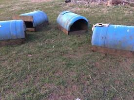 Poultry nesting boxes