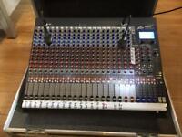 Peavey 24fx mixing Desk & flightcase