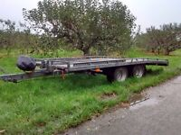 Car transporting trailer