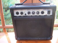 CR-10T Electric Guitar Amplifier.