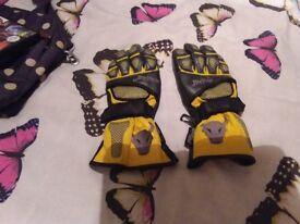Buffalo bike gloves womens small medium