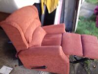 Comfy Quality Lazyboy Recliner very Good Condition FREE delivery
