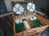 Marks and Spencer Picnic Set in Wicker Basket 4 Settings