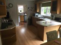 Fitted Kitchen w/ Zanussi Gas Hob and Electric Oven/Grill and Extractor