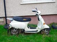 Vespa ET4 125cc for sale £300