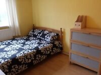 Double Room To Let Near Queen Marry University