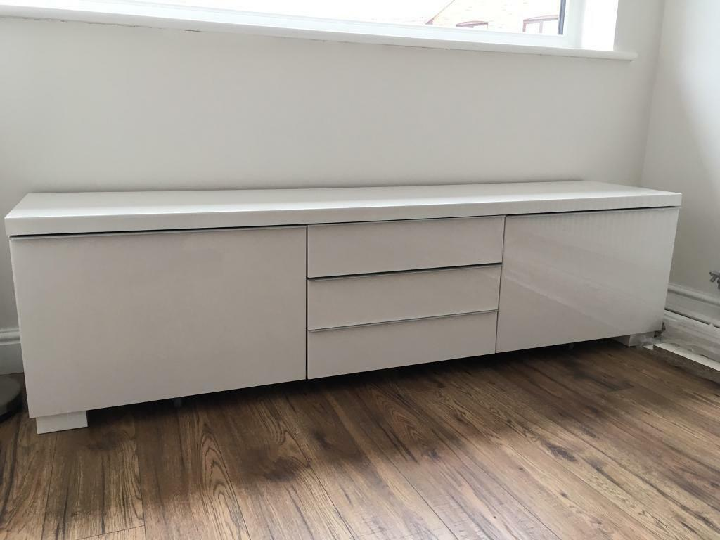 ikea tv stand besta burs range in high gloss white in chadderton manchester gumtree. Black Bedroom Furniture Sets. Home Design Ideas