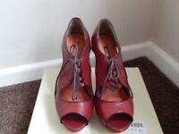 HARDLY WORN NEXT ladies high heeled shoes