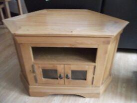 Constance Corner Media Cabinet in solid oak