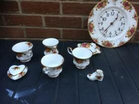 Royal Albert set