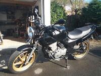 2000 Honda CB500 Motorcycle 12mth MOT, 2 helmets and gloves, 2 keys