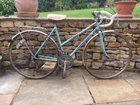 Vintage retro ladies Peugeot bike