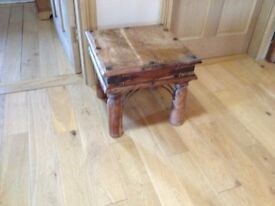 SIDE TABLE RUSTIC OAK BELFAST NEWCASTLE CAN DELIVER IF REQUIRED