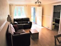 Cozy and Spacious 1 Bedroom House with front garden!